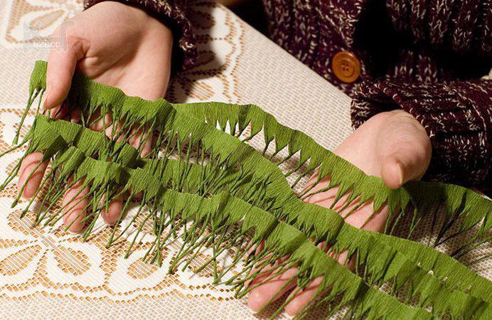 Елочная ветка своими руками из бумаги
